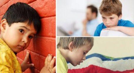 طبيب فرنسى يستخدم المهر الصغير فى علاج الأطفال المرضى بالتوحد