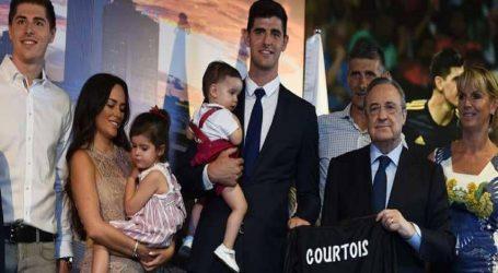 """سبب """"شخصي جدا"""" وراء رحيل كورتوا إلى ريال مدريد"""